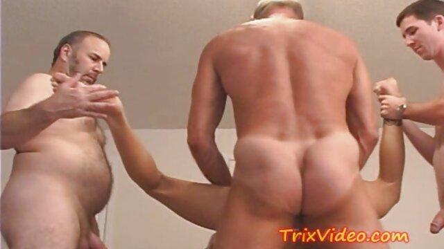 Bisexual videos en español latino xxx juguetón MMF trío