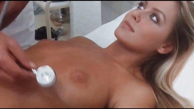 Cumming en el porno español l coño