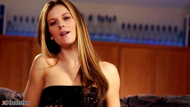 Latina Honney Bunny en un anal interracial caliente con BBC videos xxx audio español latino Depth