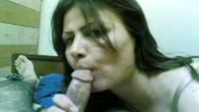 ¡Primera follada dp de una puta de muñeca porno latino castellano de 20 años! Por: FTW88