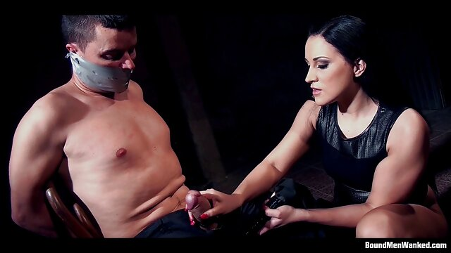 Delirio Y Carne (2002) PELÍCULA COMPLETA videos porno en español latino EN ESPAÑOL