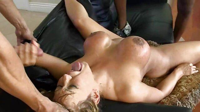 Jessica Lanoux obtiene videos pornos caseros en español latino sus dulces albondigas BBC'd