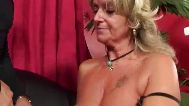 Hermosa alemana madura follada por un porno en español audio latino joven semental
