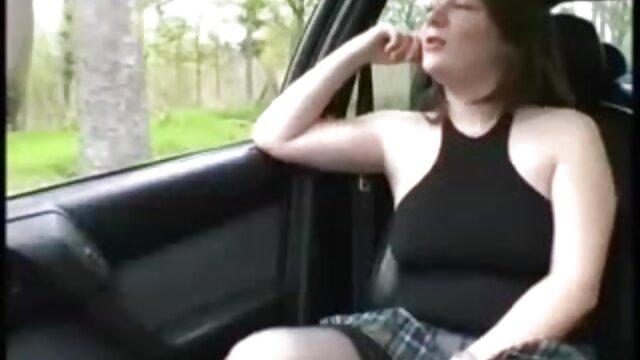 Perrito en una video porno audio latino silla
