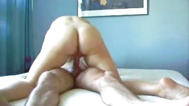 Morena de cuerpo caliente con sexo xxx español latino dos afortunados