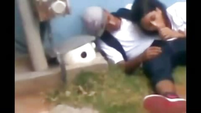 Puta motociclista follada por su agujero de tapón apretado xxx videos audio latino