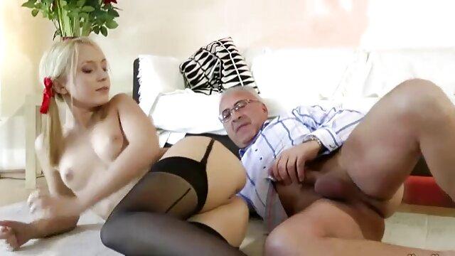 Papá noel follando con videos xxx gratis en español latino una puta