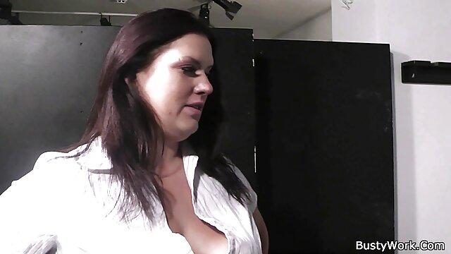 Porno público caliente con chicas reales videos porno en audio español latino