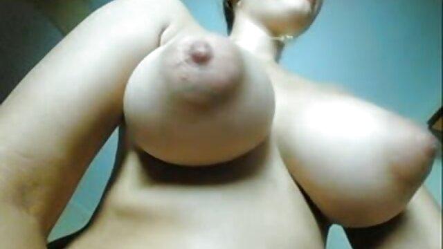 Grandes tetas Leah anime español latino porno Jayne & Victoria Classroom Fun